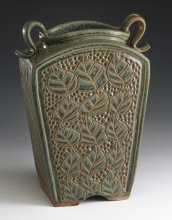 Keystone Vase – Sage
